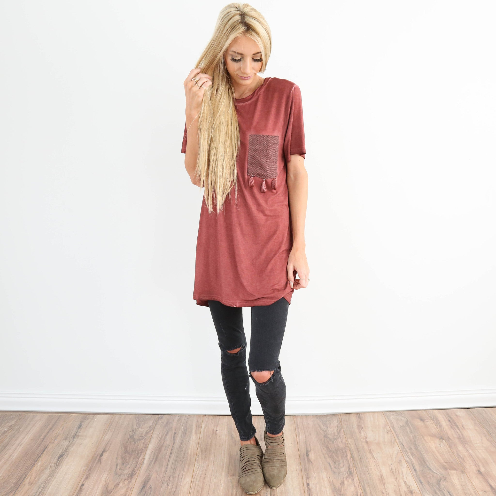 Penny Pocket Tassel Tee in Brick