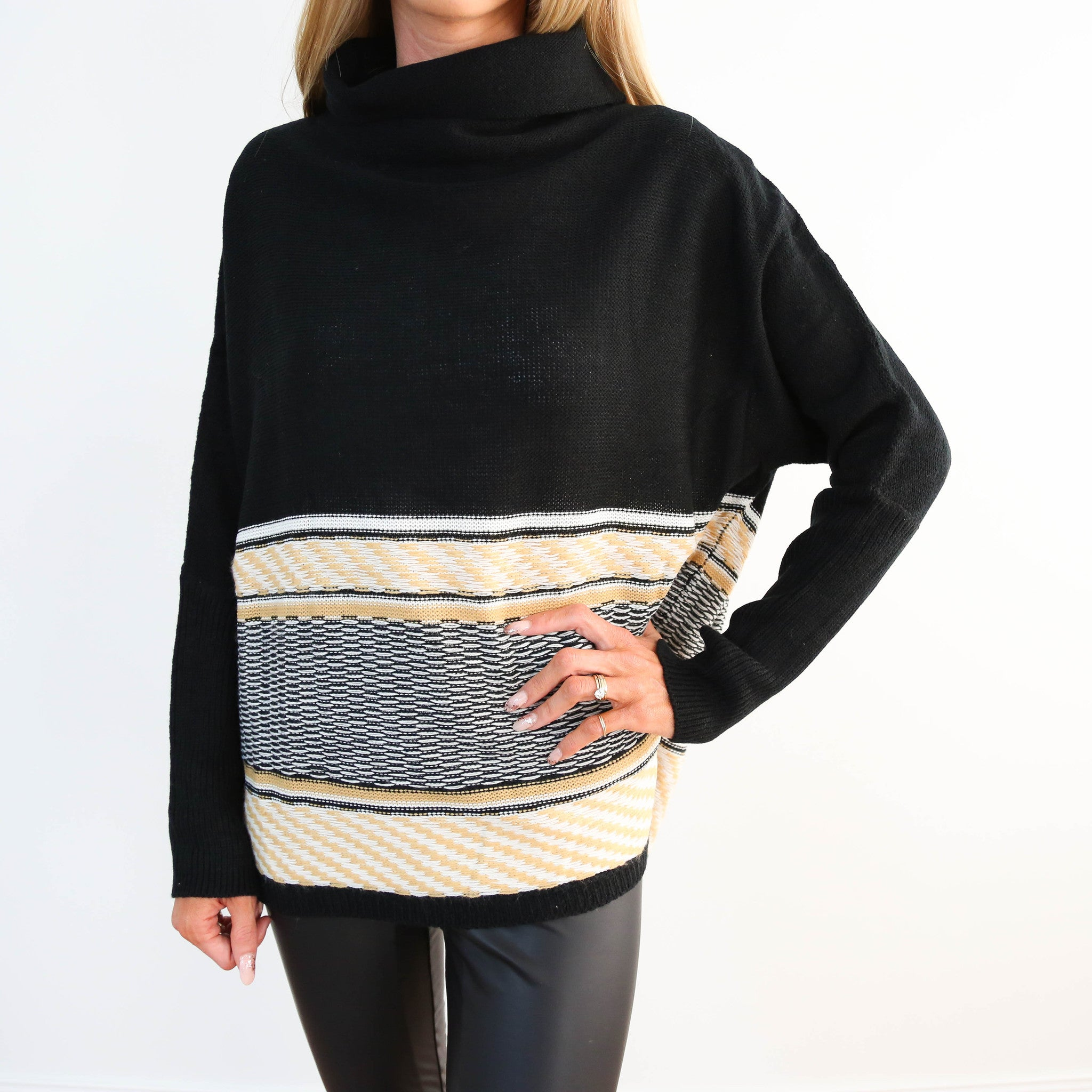 Des Embroidered Sweater
