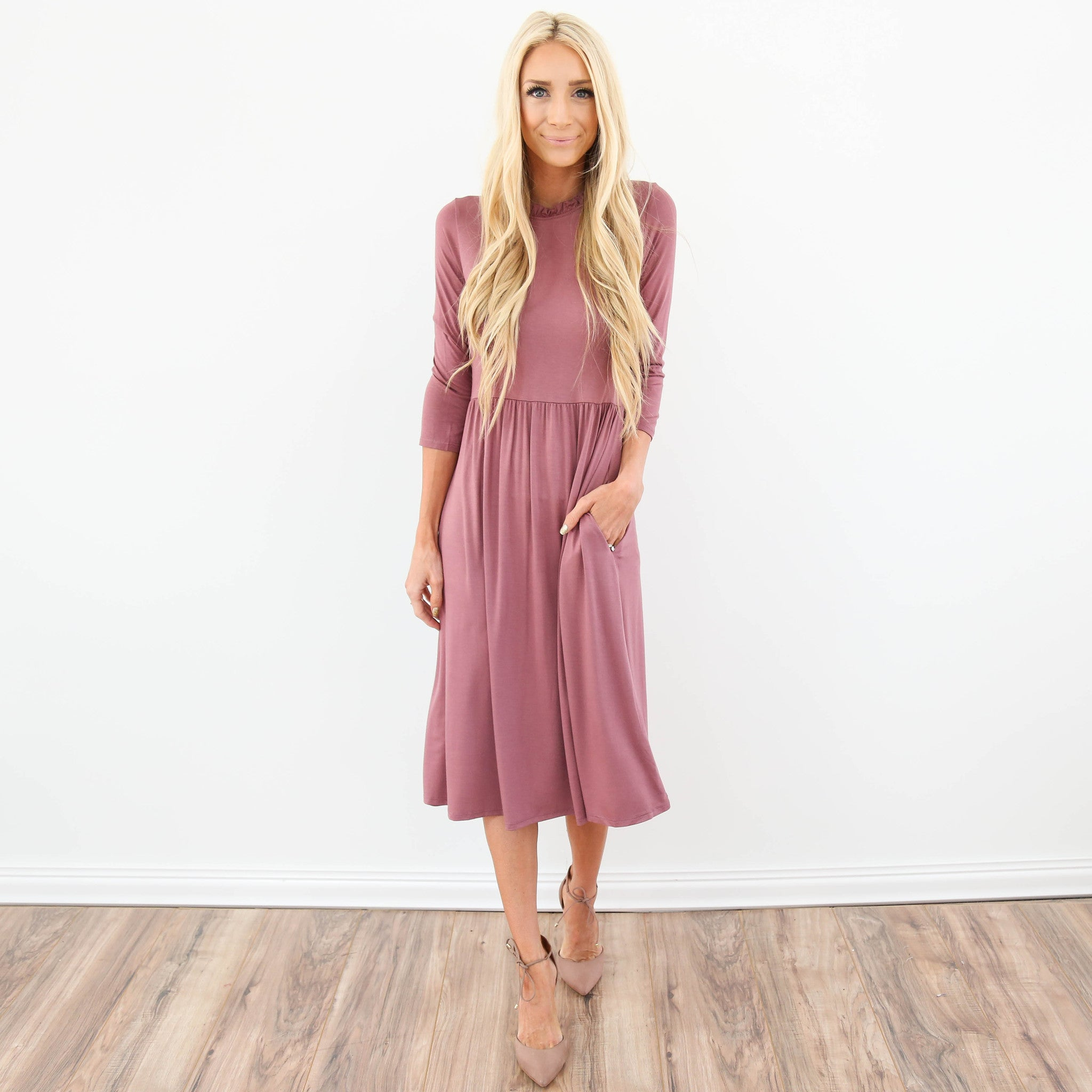 Odette Ruffle Neck Dress in Mauve