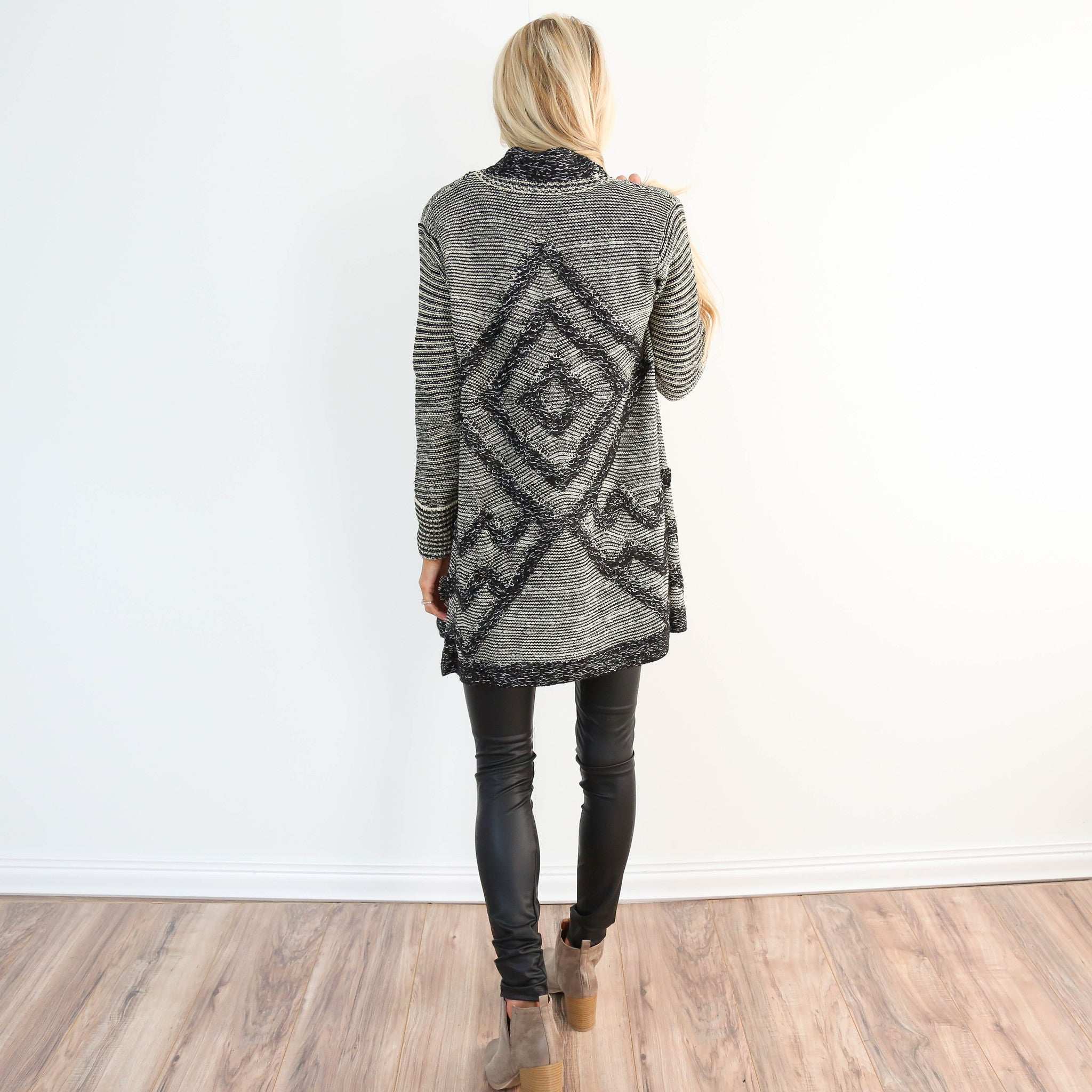 Launa Detailed Cardigan
