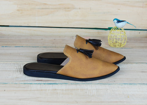 SnugOns Handcrafted Brown Summer Mules