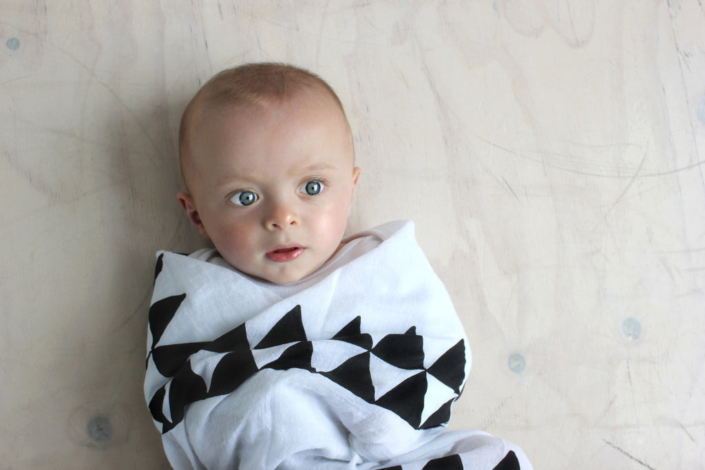 RISER Organic Cotton Wrap - White Aztec