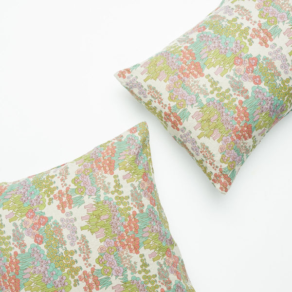 SOCIETY OF WANDERERS | Pamela's Floral Pillow Case Set