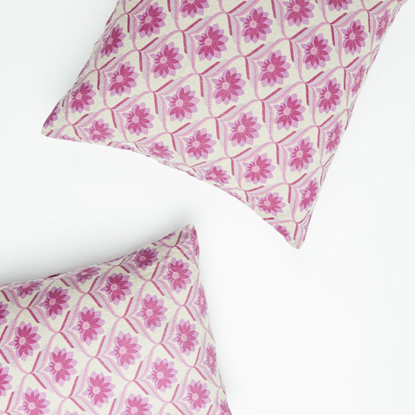 SOCIETY OF WANDERERS | Valerie's Floral Pillow Case Set
