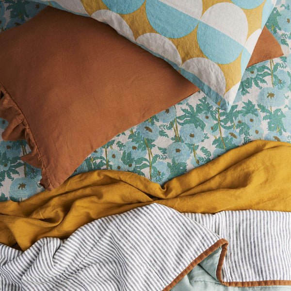 SOCIETY OF WANDERERS | Joan's Floral Fitted Sheet