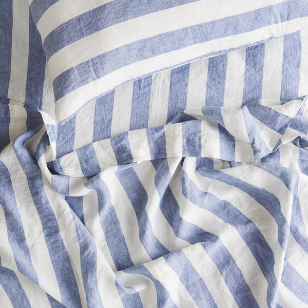 SOCIETY OF WANDERERS | Chambray Stripe Fitted Sheet