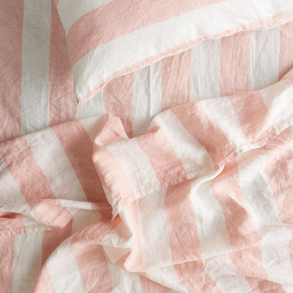 SOCIETY OF WANDERERS | Kids Blush Stripe Fitted Sheet