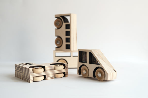 KOLEKTO | STORIES IN STRUCTURES | Auto Wooden Car Set