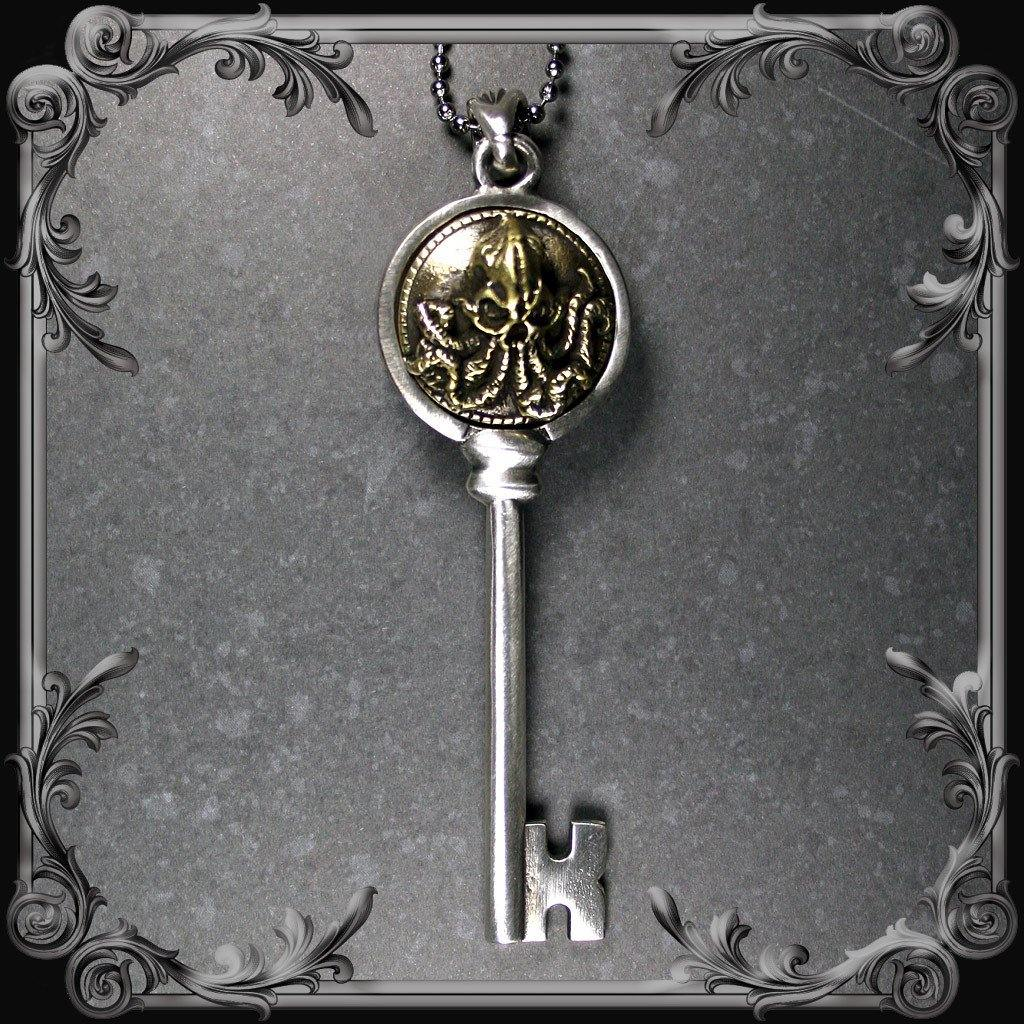 Cthulhu Key Pendant - Partial Antique Brass Finish