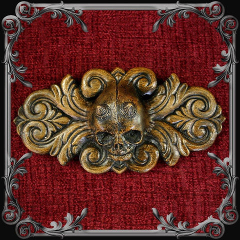 Horned Demon Skull Plaque