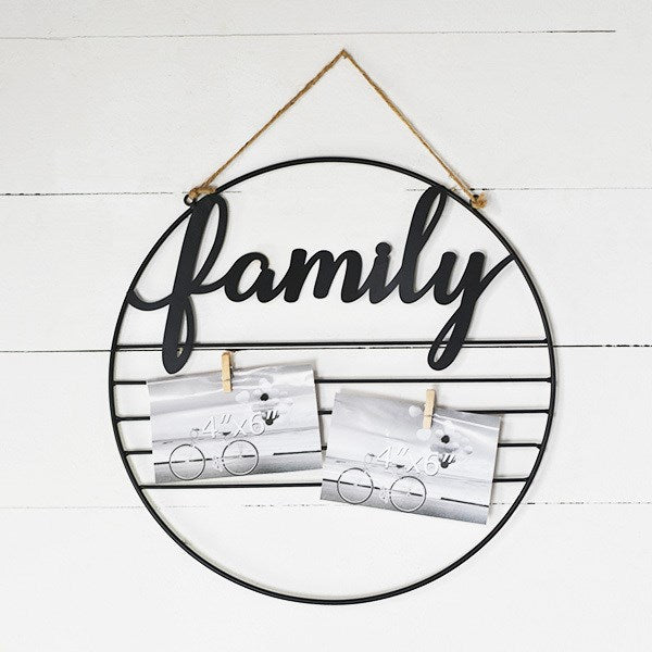 Family Hanging Circular Photo and Notes Holder