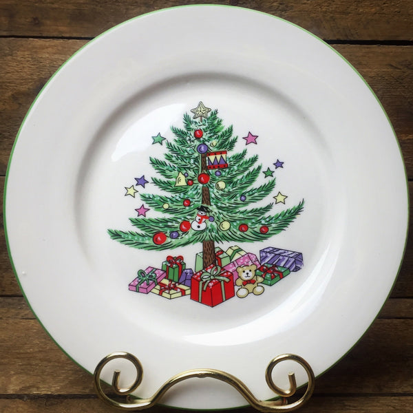 Gibson Set of 2 Christmas Dessert Plates Christmas Tree design