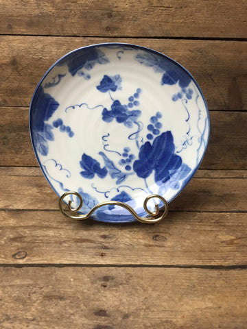 Blue Grapeving Three Cornered Salad Plate 6.5""