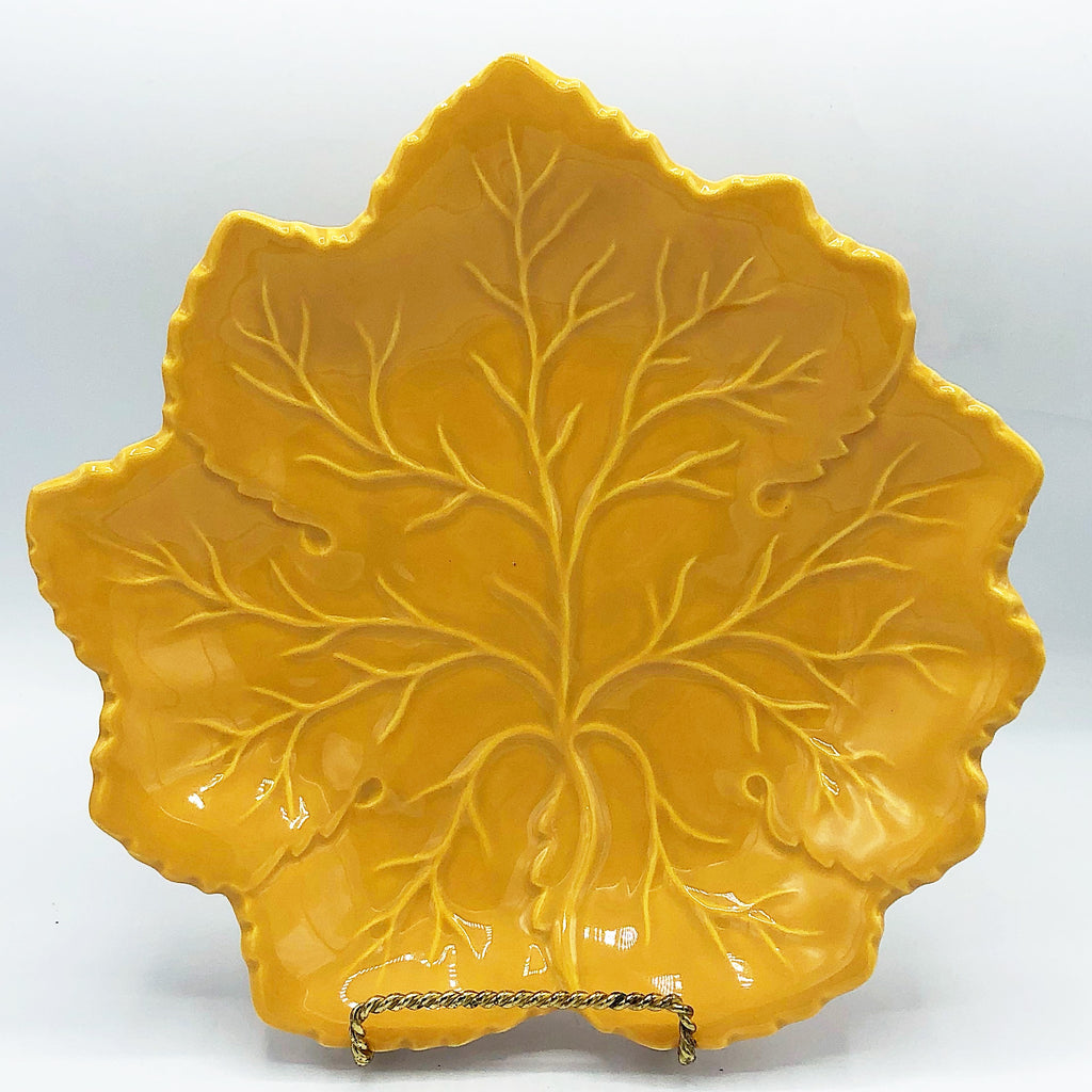 Butternut Colored Leaf Serving Dish Harry & David Portugal