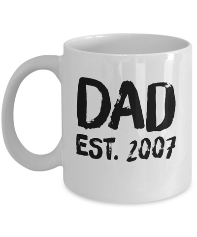Personalized Dad Mug - Celebrate the Year He Became an Dad - 11 oz Gift Mug
