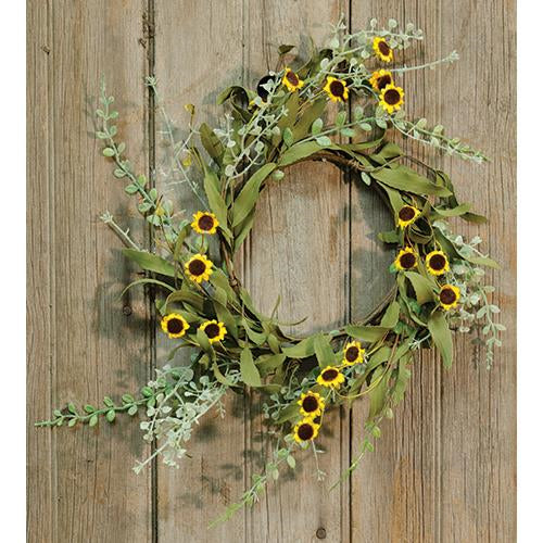 Bird's Eye Daisy and Greens Small Wreath