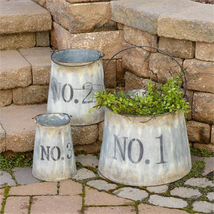Set of 3 Nested Vintage-style Numbered Buckets