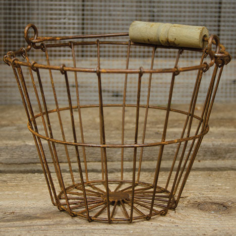 "Wire Egg Basket with Rusty Finish 6"" H"