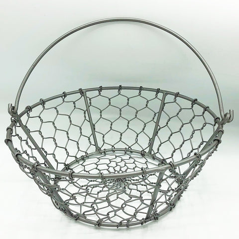 "Small Chicken Wire Basket 9"" D"