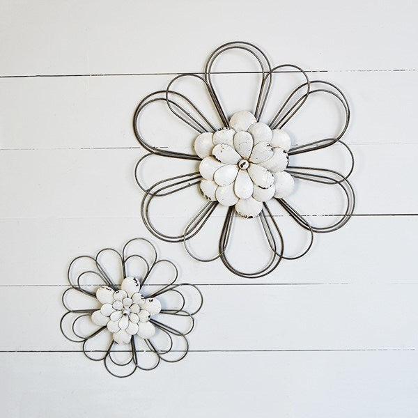 Set of Two Wire and Metal Wall Daisy Flowers