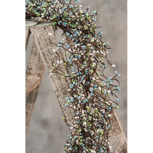 Seabreeze Pip Berries 4 ft Faux Garland