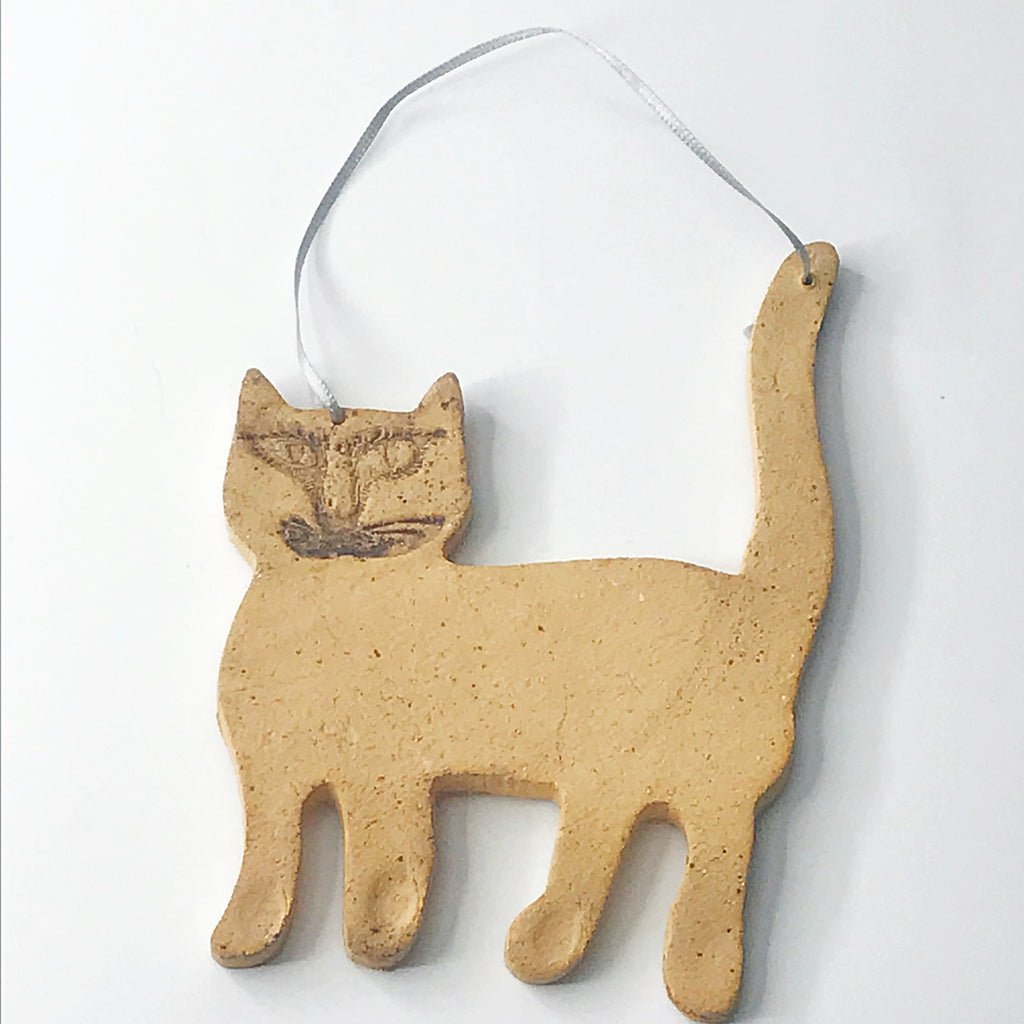Artisan Natural Pottery Cat Ornament