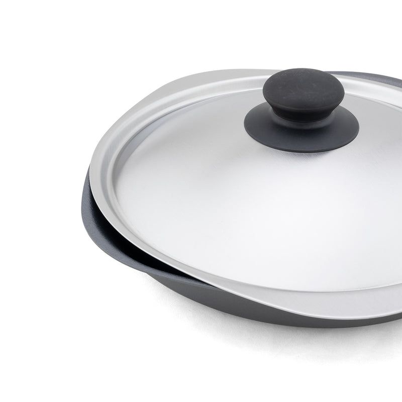 Iron Pan W/ Stainless Steel Lid