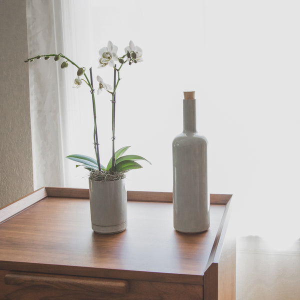 Bottle, Gloss-Bottle-Hasami Porcelain-Gloss Gray-JINEN