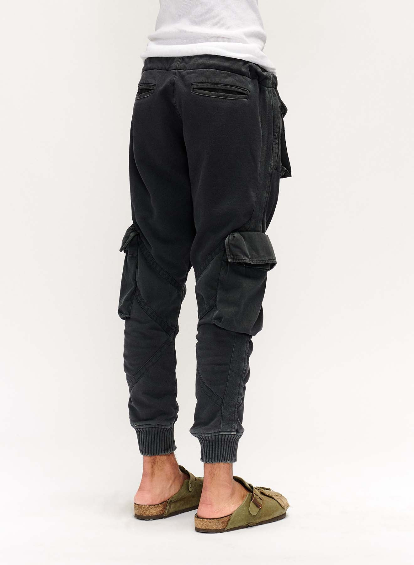 UTILITY SWEAT (FADED BLACK)