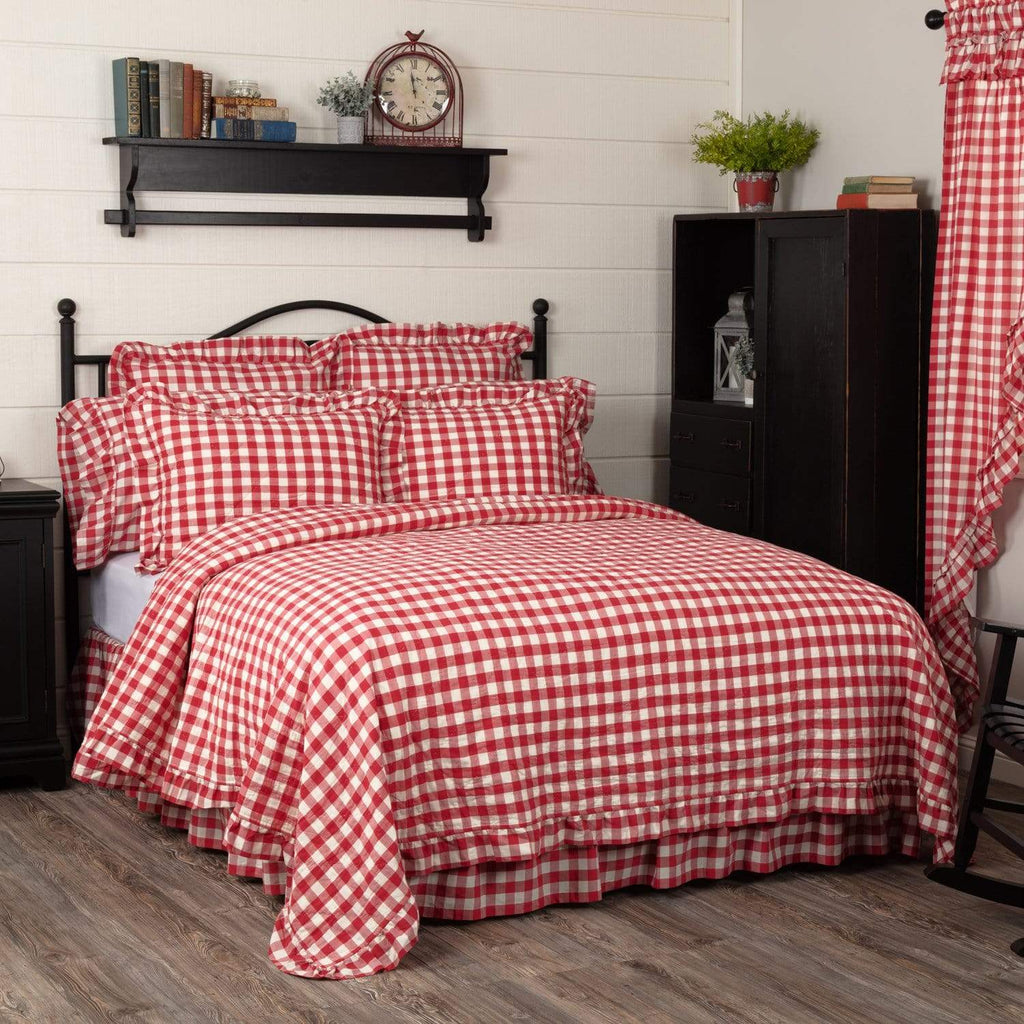 Annie Buffalo Red Check Ruffled California King Quilt Coverlet 130Wx115L