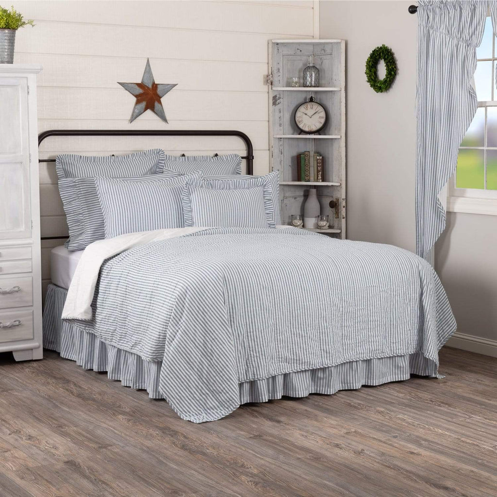 April & Olive Coverlet Sawyer Mill Blue Ticking Stripe Luxury King Quilt Coverlet 120Wx105L