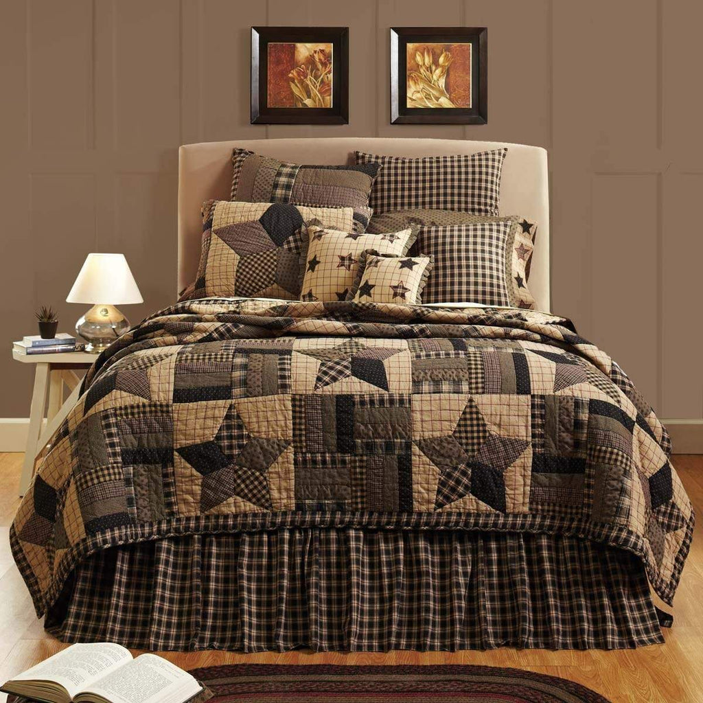 Bingham Star California King Quilt 130Wx115L