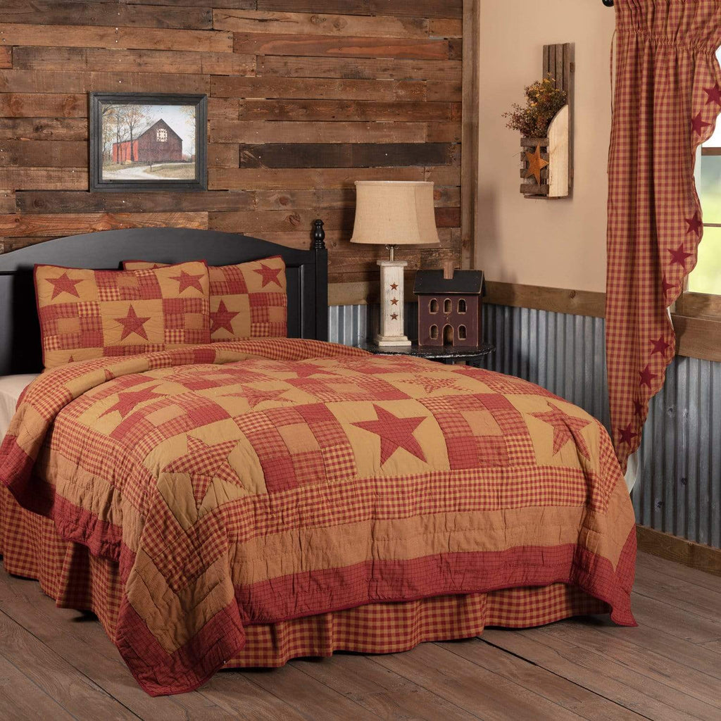 The Village Country Store Quilt Ninepatch Star Queen Quilt Set; 1-Quilt 90Wx90L w/2 Shams 21x27