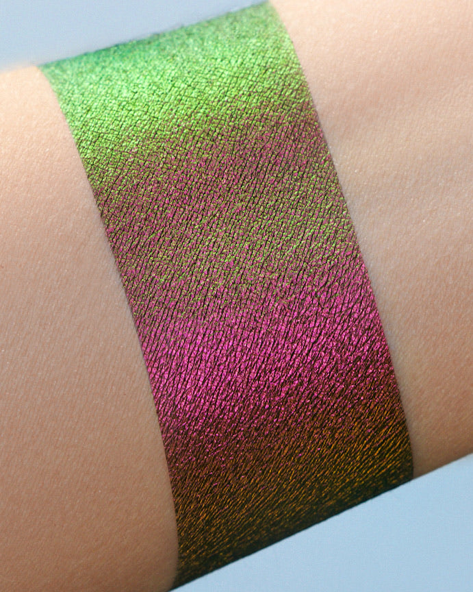 Bed Bug Original Multi Chrome Loose Eyeshadow