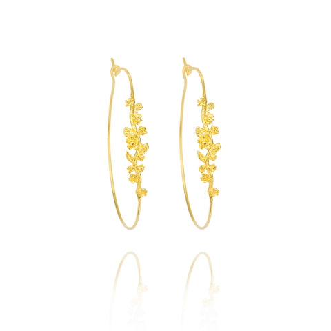 Gracia Hoops in Gold