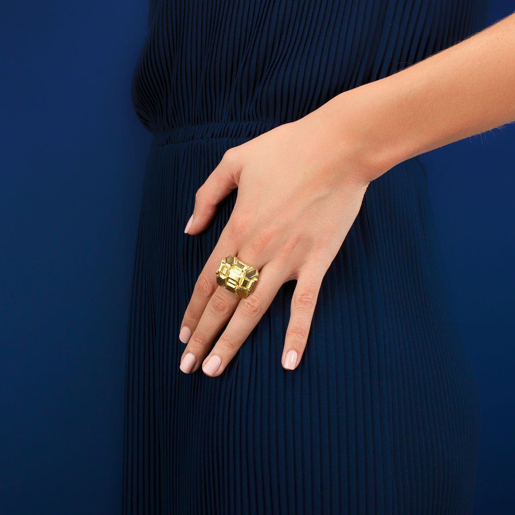 Brava Ring in Gold