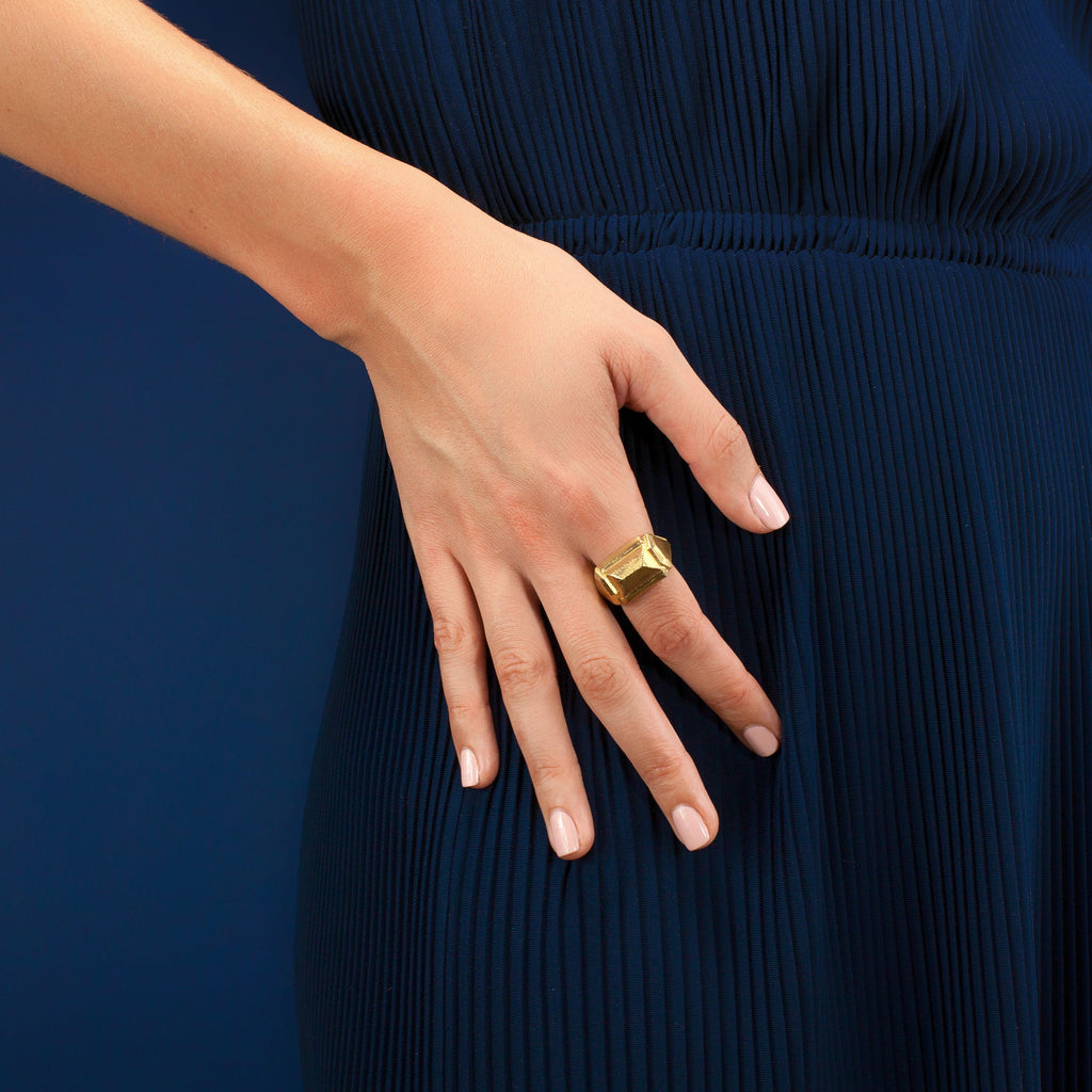 Petra Ring in Gold