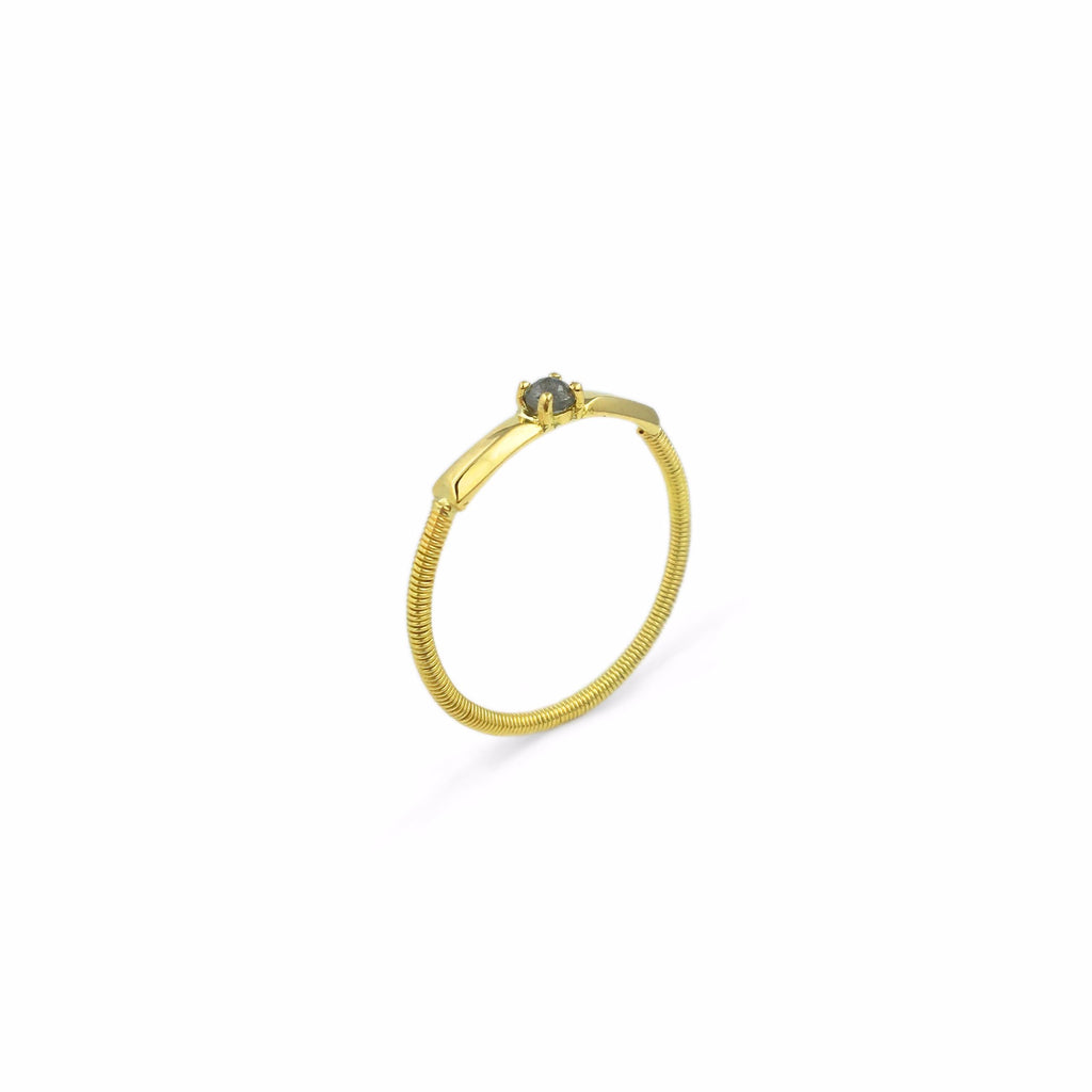 Gracia Twist Ring