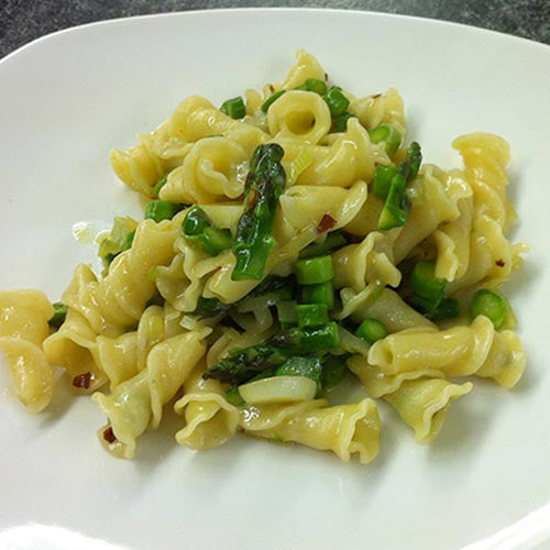 Sfoglini Trumpets with Asparagus and Spring Onion