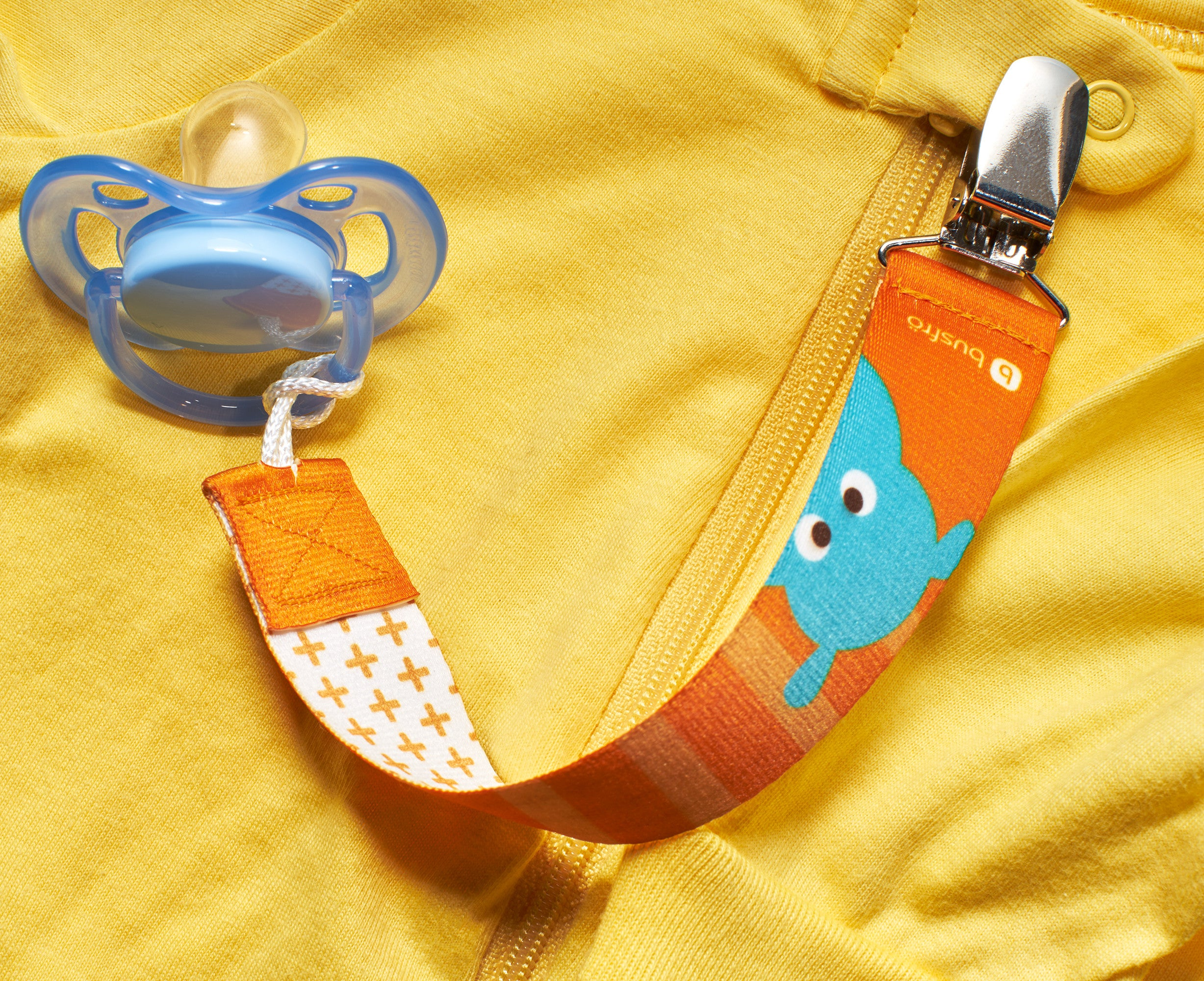 http://busfro.com/products/pacifier-clips-3-pack-universal-fit-best