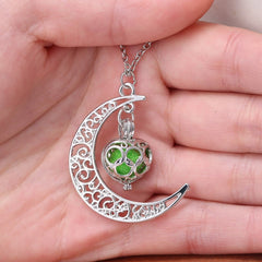 'Crescent Moon' Essential Oil Necklace Diffuser
