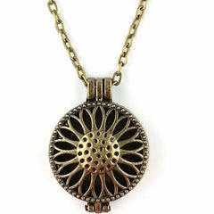 'Bloom' Locket Essential Oil Necklace Diffuser