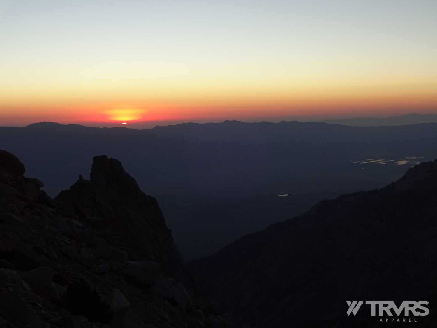 Sunrise at 12000 feet North Screen Field from Upper Boyscout Lake | TRVRS APPAREL
