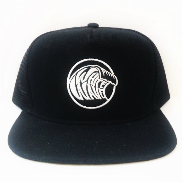 WHITE WAVE TRUCKER HAT