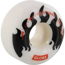 GLOBE G1 STREET WHITE/BLACK/FLAMES 54MM 99A