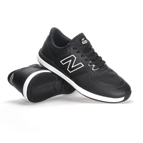 NEW BALANCE 420 BLACK WHITE