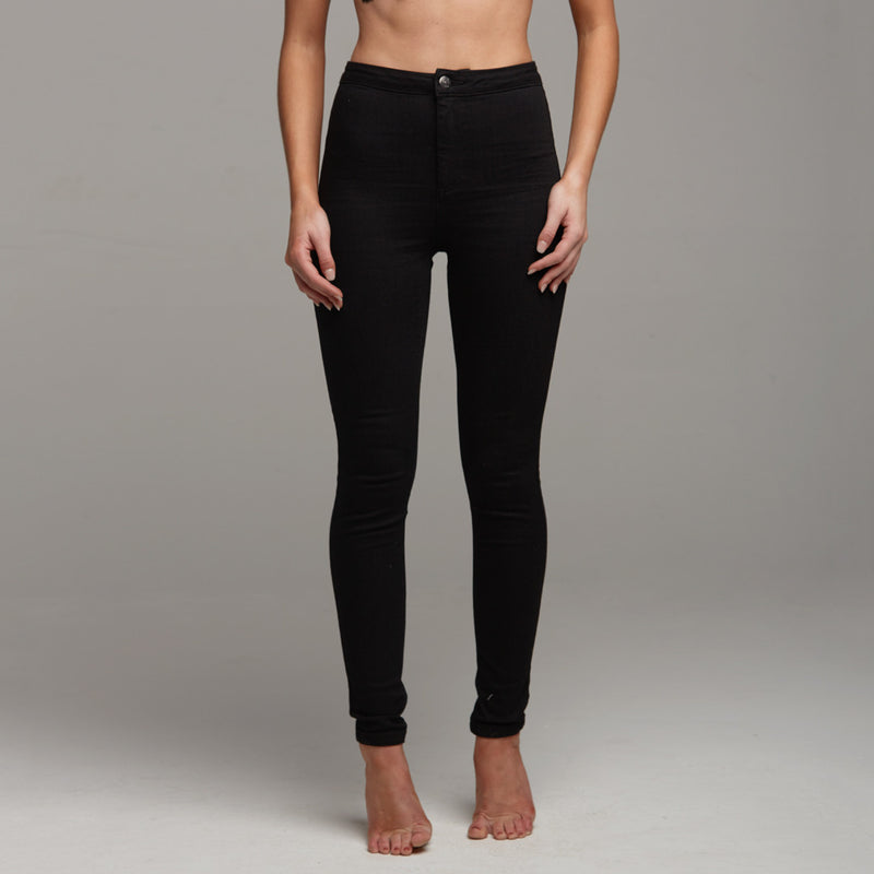 JENI PLAIN BLACK JEANS - CT056