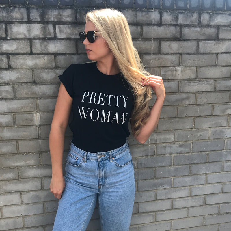 PRETTY WOMAN BLACK - SLOGAN T SHIRT CT076
