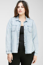 Load image into Gallery viewer, Curvy Mineral Wash Chambray Shirt