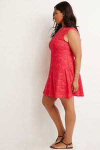 Curvy Eyelash Lace Flare Dress
